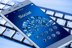 mobile-phone-1917737_640
